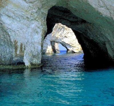 blue-grotto-italy-honeymoon