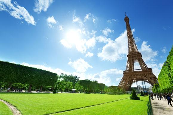 VIsit Eiffel tower Travel Leaders of Columbia